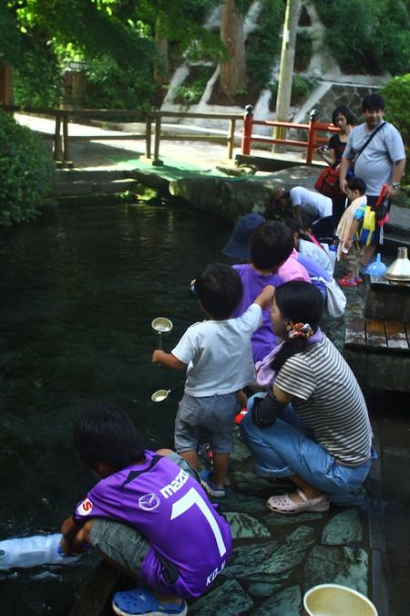 Shirakawa_spring_water_spot7